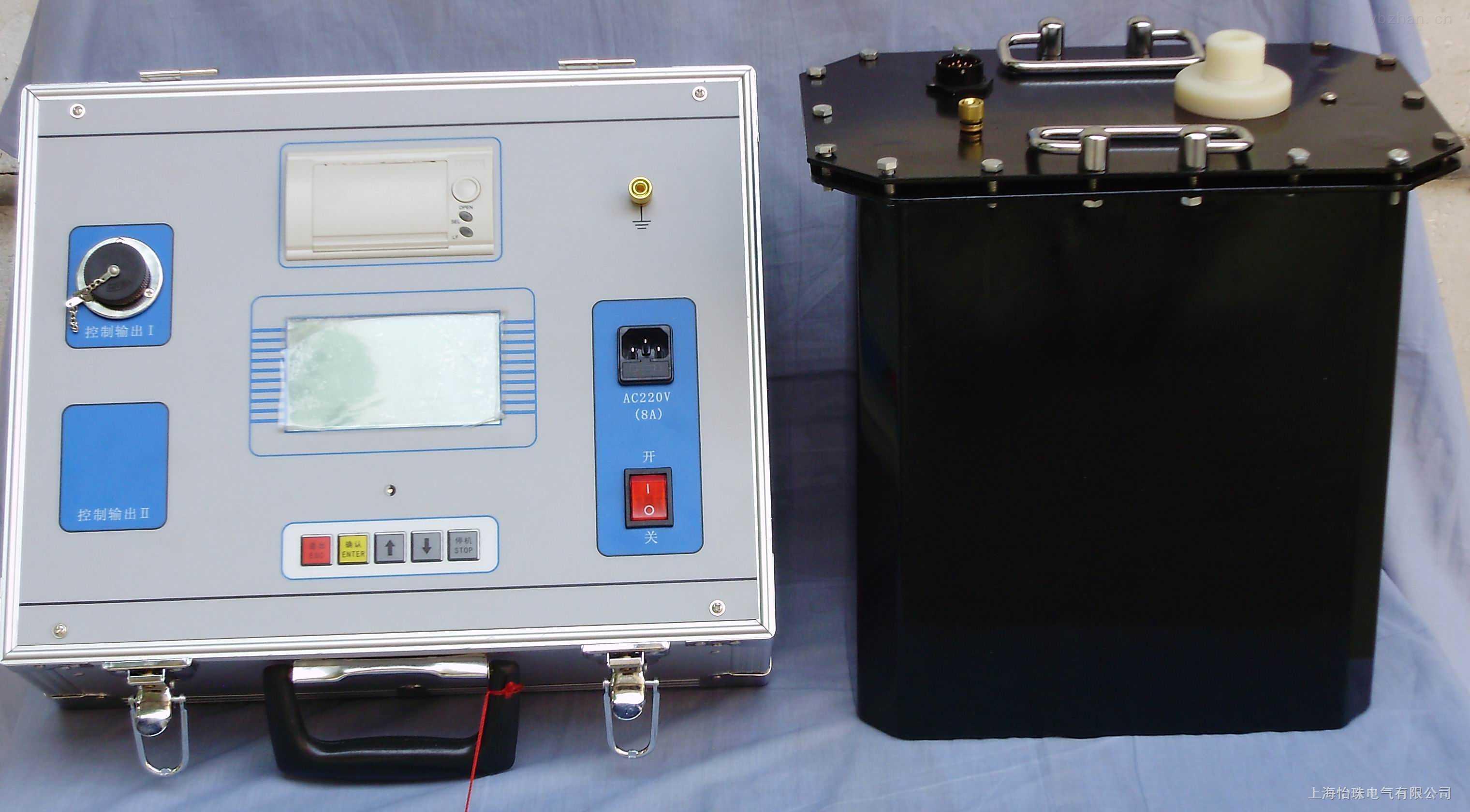 u输出频率:0.1Hz、0.05Hz、0.02Hz u带载能力:0.1Hz 最大1.1μF 0.05Hz 最大2.2μF 0.02Hz 最大5.5μF u测量精度:3% u电压正,负峰值误差:≤3% u电压波形失真度:≤5% u使用条件:户内、户外;温度:-10~+40;湿度:≤85%RH u电源:频率50Hz,电压220V±5%。若使用便携式发电机供电,发电机要求:频率50Hz,电压220V±5%,功率应大于3KW,并且在发电机的输出端并联