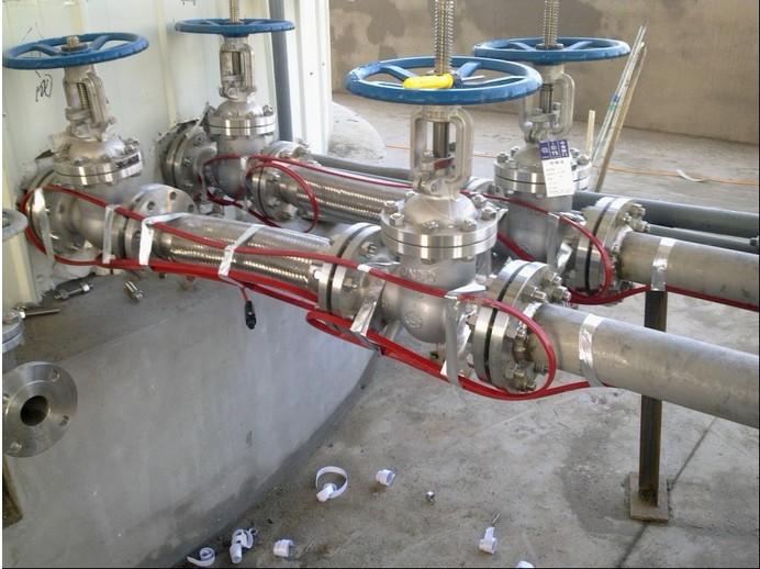 石油化工管道法兰使用伴热电缆安装示意图